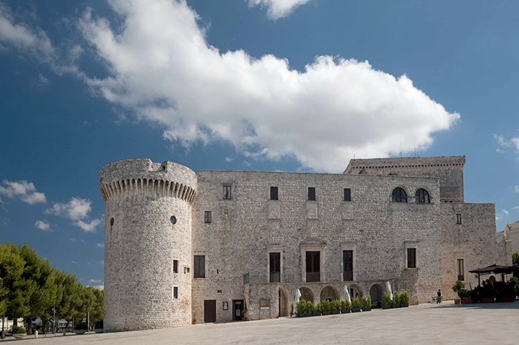 Conversano