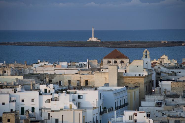 Gallipoli la bella e il mare luoghi puglia - La finestra sul mare gallipoli ...